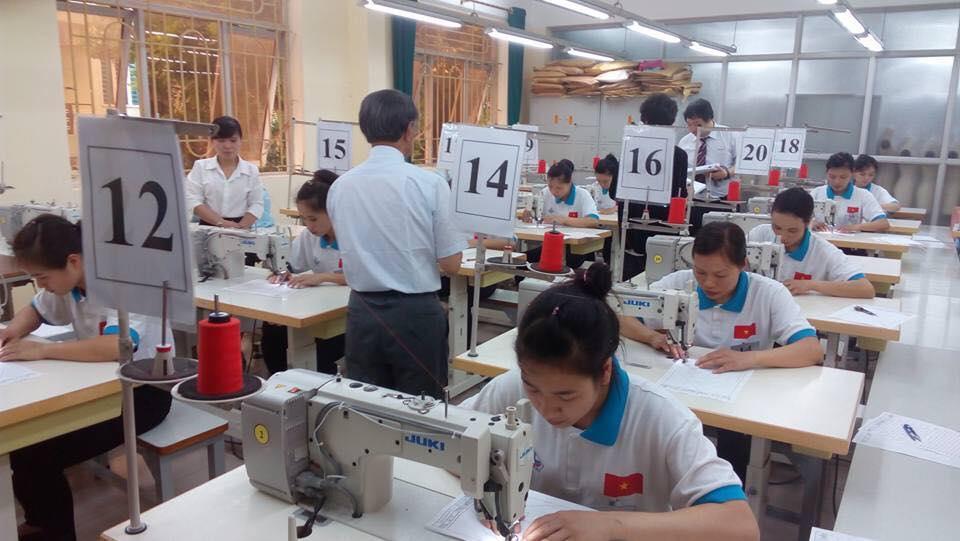 Tuyển gấp 18 lao động nữ may làm việc tại IWATE- Nhật Bản